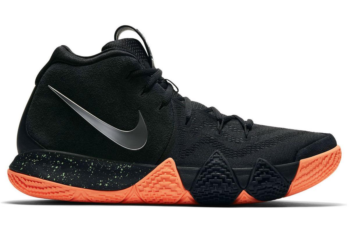 Nike Kyrie 4 Black/ Metallic Silver